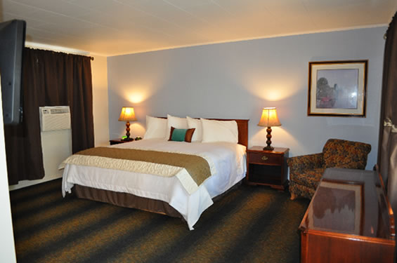 The Wine Valley Inn Is Conveniently Located In Heart Of Country Prosser Washington